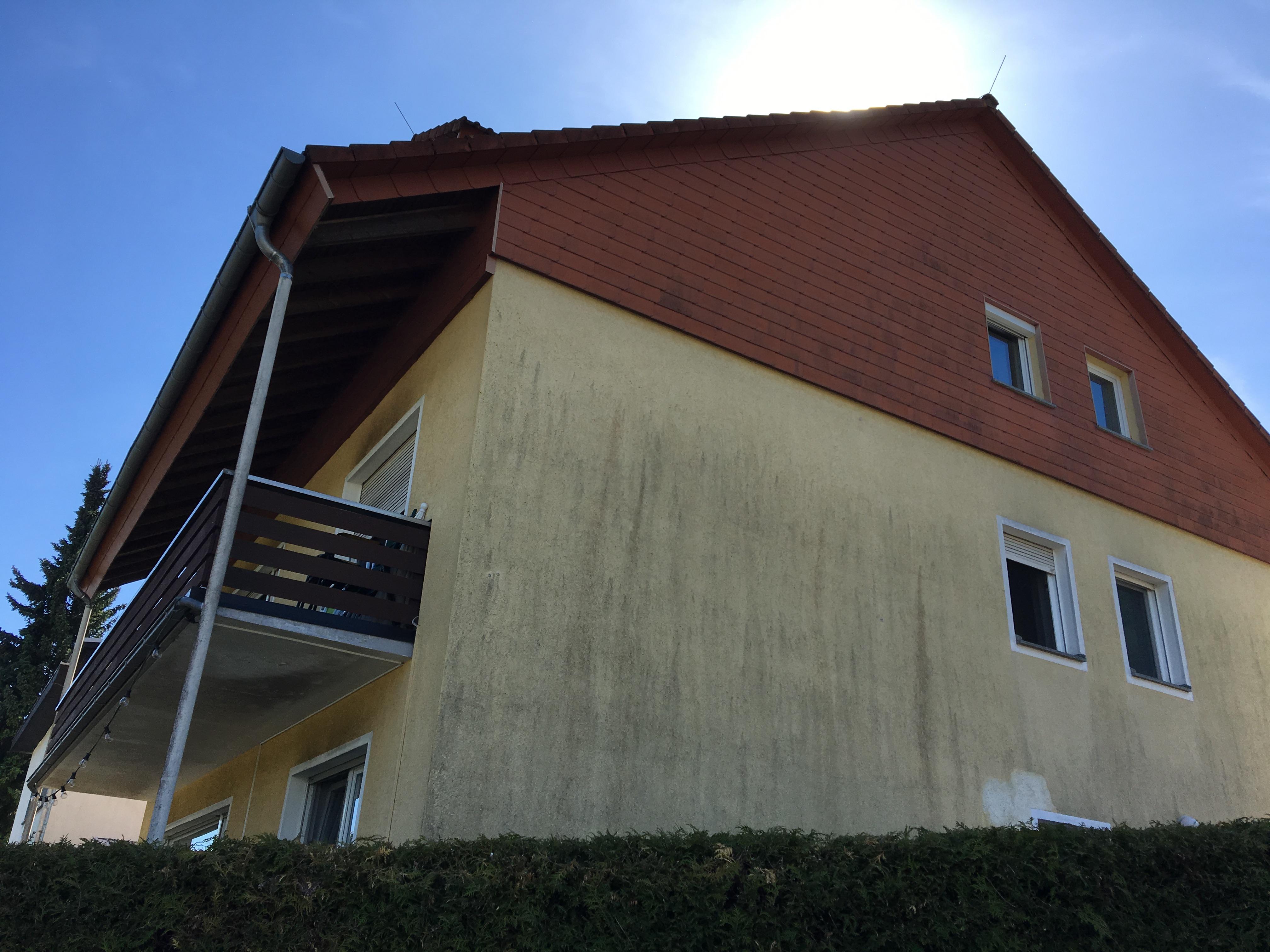 verunreinigten Fassade säubern