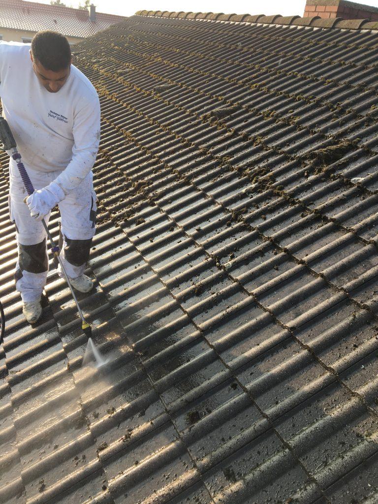 Dachziegeln säubern bzw. abstrahlen